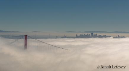Golden Gate sous le brouillard