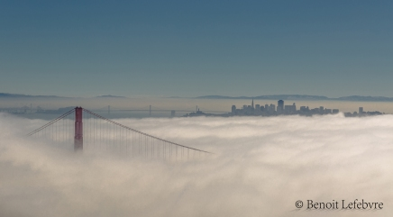 Golden Gate sous le brouillard