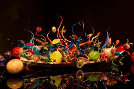 Chihuly-canoe02