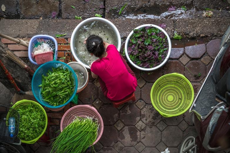 Laver les Légumes | Gens